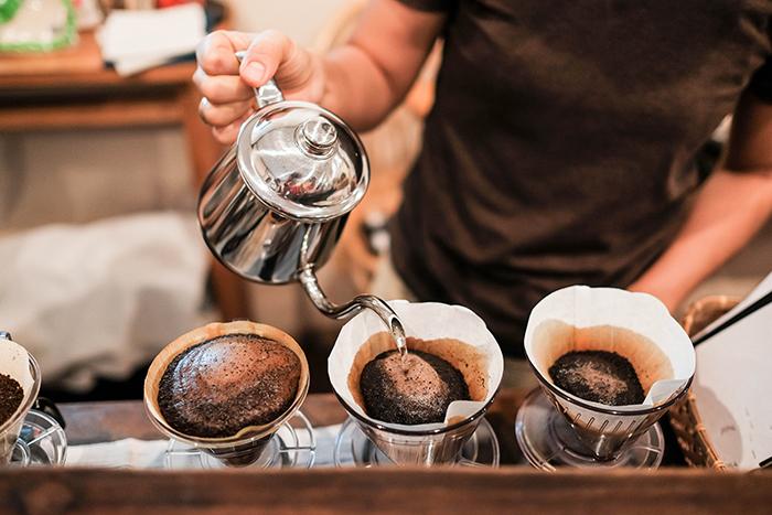 フレンチプレスや急須など豊富にあるコーヒーを淹れる道具一式をご紹介!